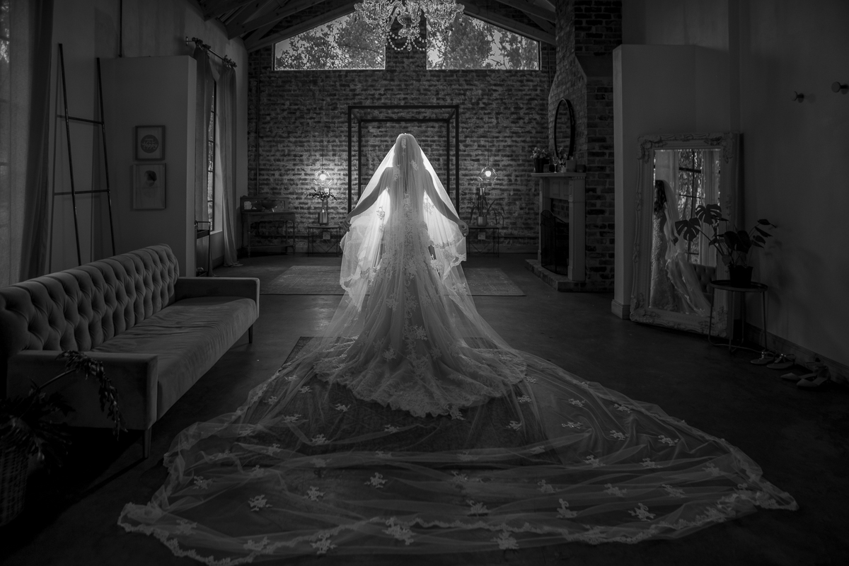 Darrell Fraser Lace on Timber Wedding Photographer